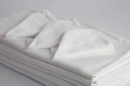 Serviettes blanches